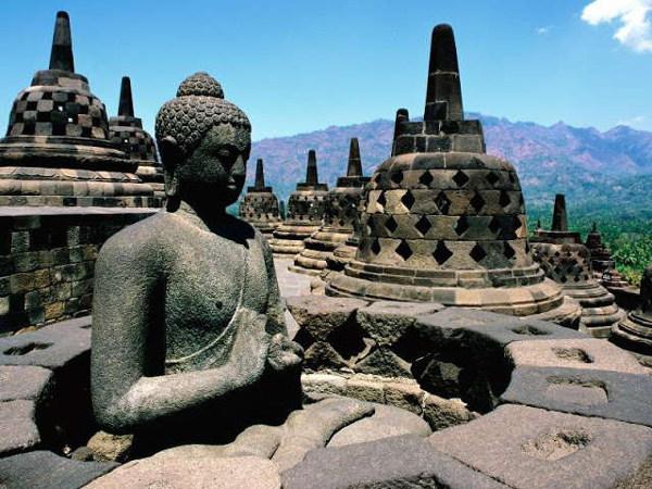 Borobodur is één van dé bezienswaardigheden van Java, zelfs van heel Indonesië
