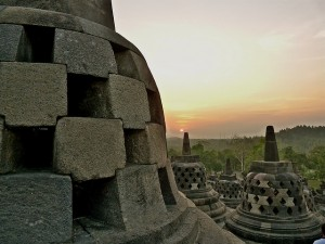 De geschiedenis van Indonesië: de Shailendradynastie heeft ons het prachtige Borobudur nagelaten.