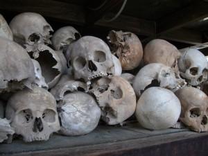 De Killing Fields zijn een stille getuige van de gruwelijkste periode uit de geschiedenis van Cambodja: het Rode Khmer regime.
