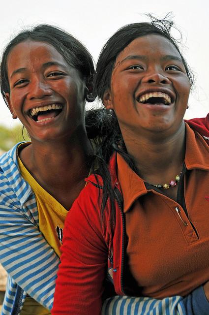 De Cambodjaanse samenleving: de Cambodjanen zijn een vrolijk en vriendelijk volk.