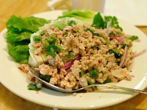 Larb is een klassieker uit de Laotiaanse keuken