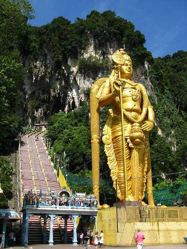 Batu grotten: standbeeld van Murugan