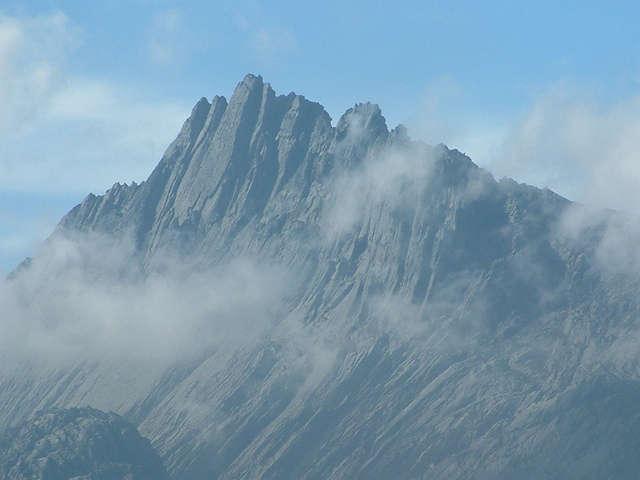 Puncak Jaya, de hoogste berg van het Lorentz National Park