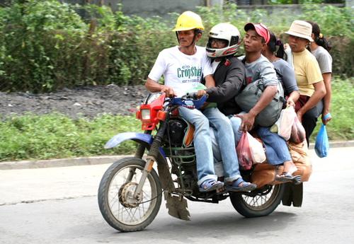 Rondreizen in de Filipijnen - transport ter plaatse: habal habal
