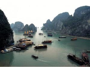 Veilig op reis in Vietnam: neem in de Halong Baai niet de goedkoopste boot
