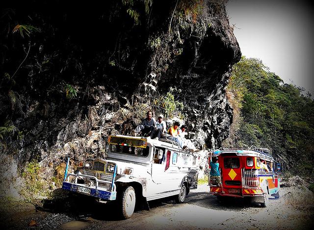 Rondreizen in de Filipijnen: de jeepney is het transportmiddel bij uitstek.