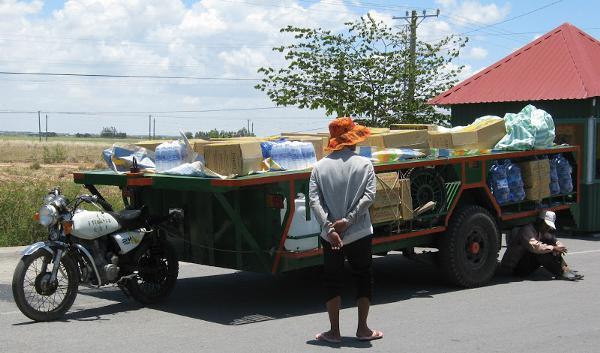 De bromfiets als vrachtwagen