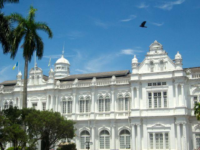 Het stadhuis van George Town, één van de 4 UNESCO werelderfgoedsites van Maleisië