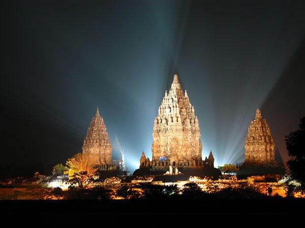 Prambanan is één van de bezienswaardigheden van Java, Indonesië