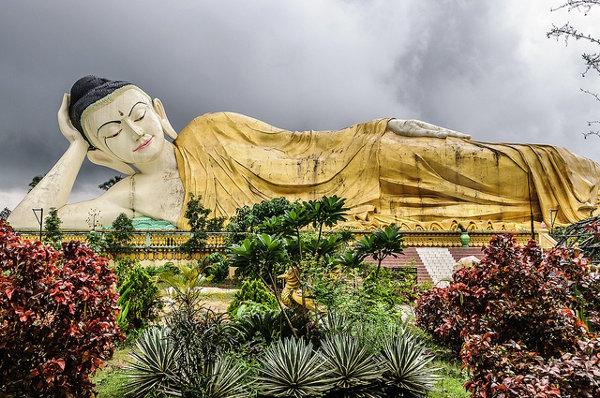 De liggende boeddha van Bago is één van de bezienswaardigheden van Myanmar