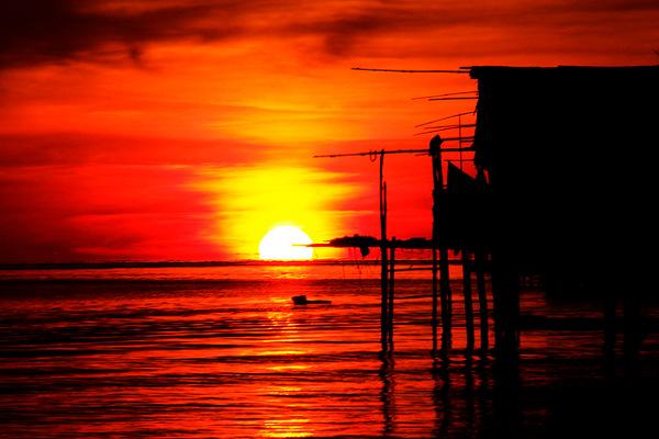 Zonsondergang op de Togean Eilanden, Sulawesi, één van de toppers van Indonesië