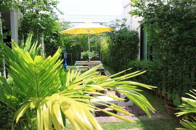 Ananas-Phuket-hostels-Phuket