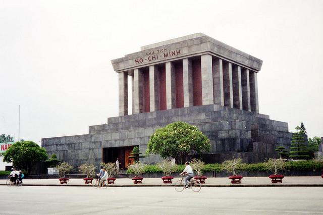 Hanoi bezienswaardigheden: Ho Chi Minh Mausoleum