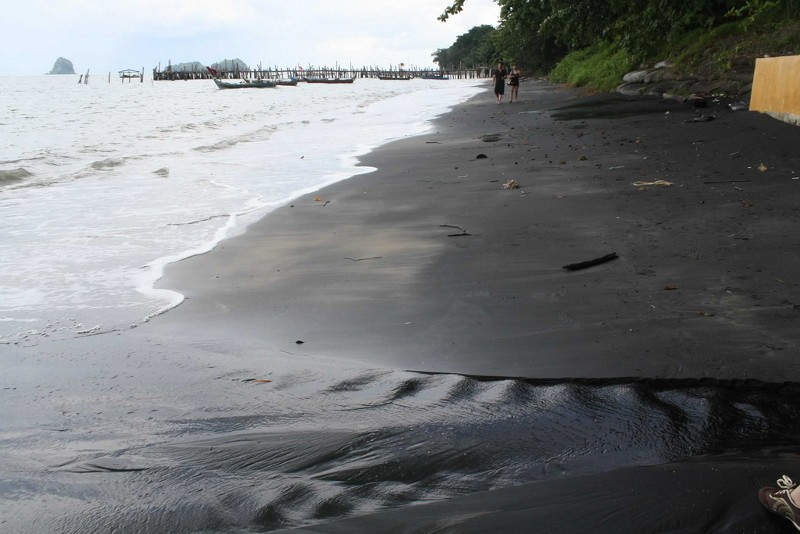 Auto huren in Langkawi: Ook de Black Sand Beach in Langkawi is een aanrader