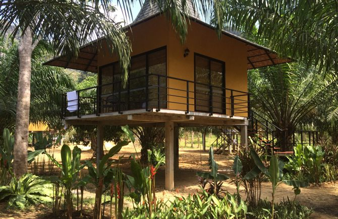 Anurak Community Lodge in Khao Sok Nationaal Park.