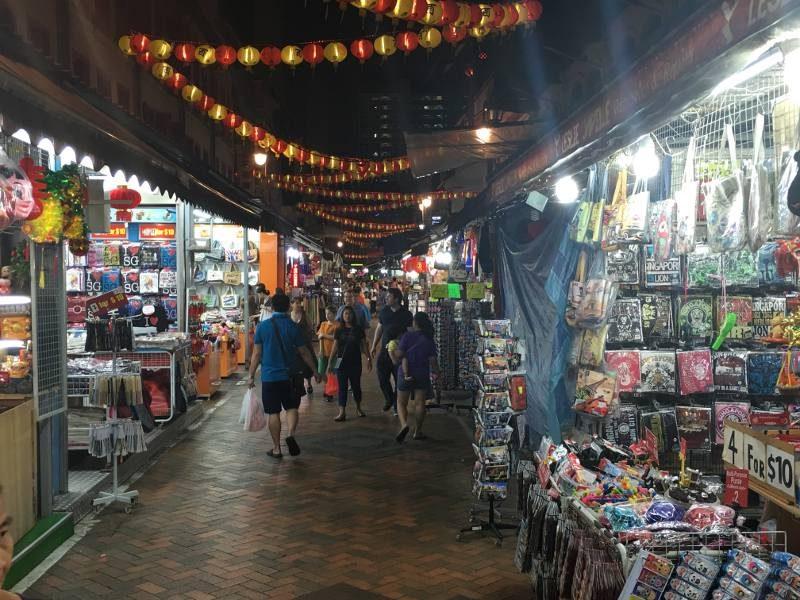 Chinatown in Singapore: aan winkeltjes en restaurantjes geen gebrek in deze leuke en levendige buurt.